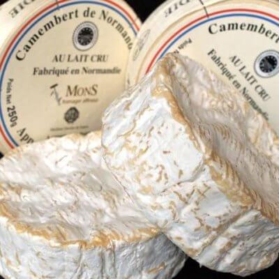 Camembert au lait cru (PDO)