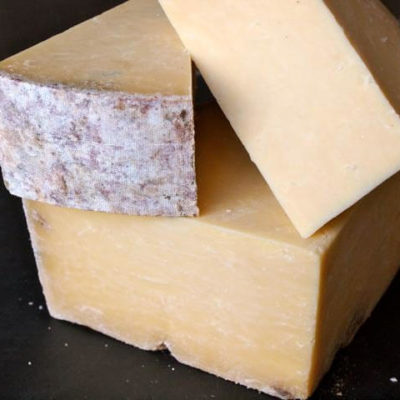 Montgomery's Cheddar (PDO)