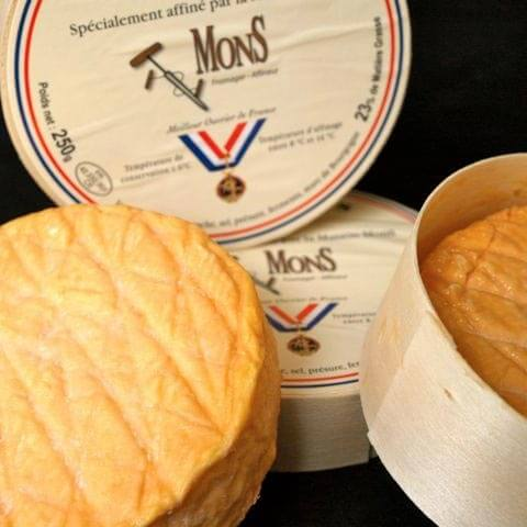 George Mewes: Wholesale Cheese
